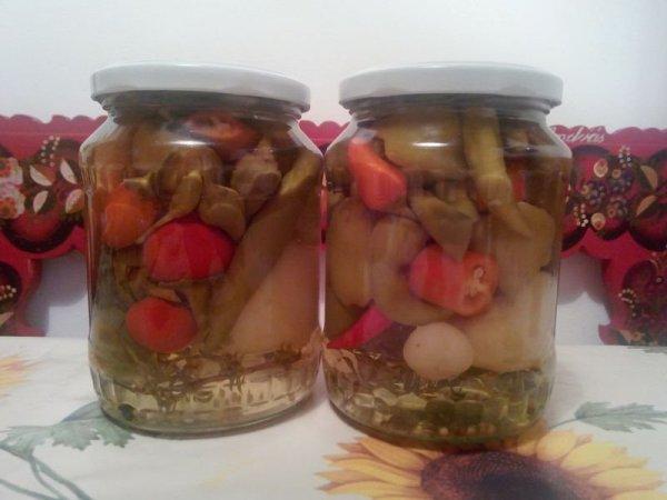 Fehér cseresznyepaprika, almapaprika, cayenne, thai chili